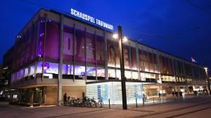 Theater und Oper werden abgerissen