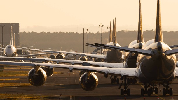 Lufthansa zieht Zahlung der Gehälter vor