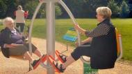 Schwung hält jung: Fitnessgeräte wie jene im Martin-Luther-King-Park sollen Senioren animieren sich mehr zu bewegen.