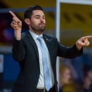 Not macht erfinderisch: Frankfurts Trainer Sebastian Gleim holt aus dem Kader alles raus.