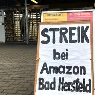 Ausstand: Seit sieben Jahren legen die Amazon-Mitarbeiter immer wieder einmal die Arbeit nieder und streiken für einen Tarifvertrag (Archivbild).