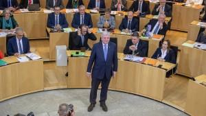 Bouffier stellt vier Leitbilder für Regierungsarbeit vor