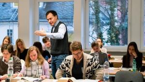 Der Endgegner im Studium heißt Anwesenheitspflicht