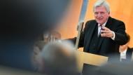 Viel Stoff für eine hitzige Debatte: Bouffiers Regierungserklärung