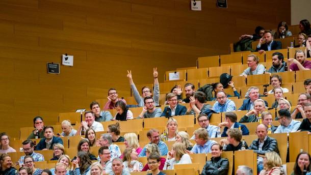 Chancen auf einen Studienplatz steigen in Hessen