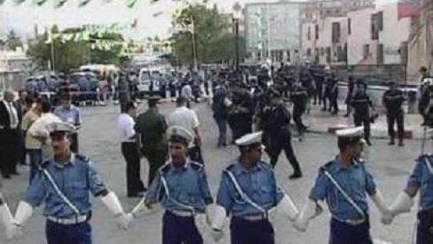 Präsident Bouteflika entkommt Attentat