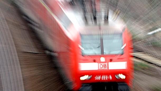 Bundestag billigt Bahn-Privatisierung