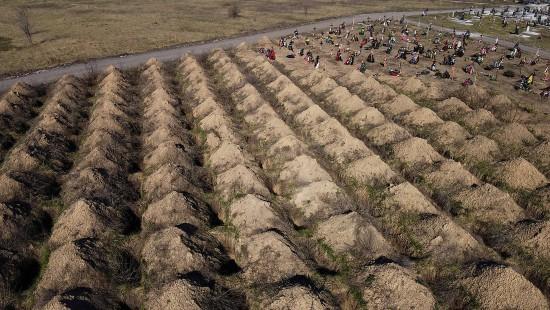 600 Gräber für erwartetes Corona-Massensterben