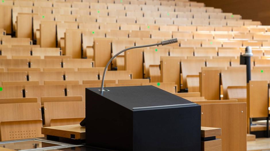 Horror vacui: erster Vorlesungstag des Sommersemesters an der Uni Frankfurt