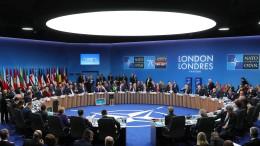 """Nato-Staaten beraten über Geld und """"Hirntod"""""""