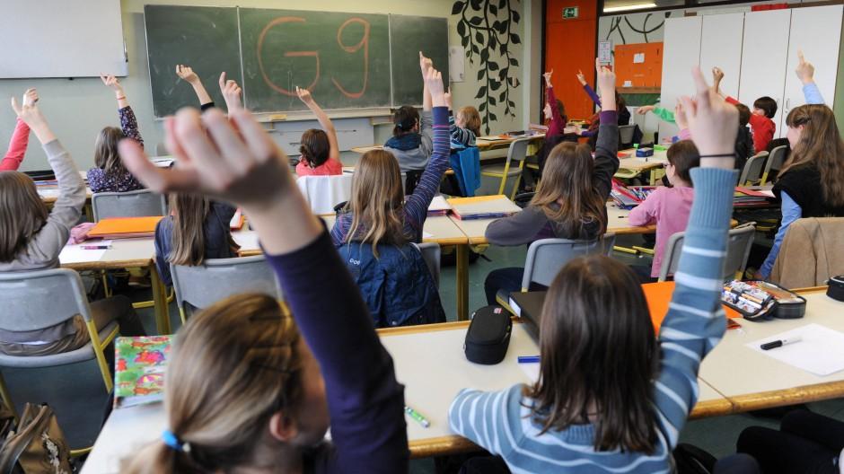 Der erste Jahrgang von G9-Gymnasiasten wird in Niedersachsen im Jahr 2023 das Abitur ablegen