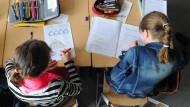 In den jüngsten Bildungsstudien haben baden-württembergische Schulen nicht so gut abgeschnitten wie in den Jahren zuvor.