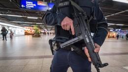 Polizei und Opposition kritisieren ÖPNV-Kontrollen