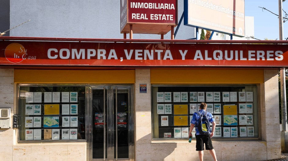 Fondsgesellschaft Blackstone kauft Immobilien und Kredite in Spanien