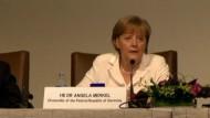 Merkel: Euro-Krise keine Währungsschwäche