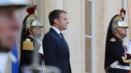 Für mehr Recht und Ordnung im eigenen Land: Macron will härter gegen kriminelle Ausländer vorgehen.
