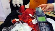Warum die Gebühren für viele Kreditkarten doch steigen