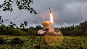 Nato wirft Russland erstmals klaren Bruch vor – Amerika setzt Frist