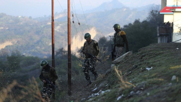 Politiker in Kaschmir weiter in Haft
