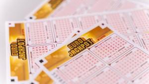 Junger Mann aus Mittelhessen gewinnt 5,2 Millionen Euro im Lotto