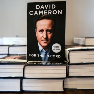 """For the record"" heißen David Camerons Memoiren."