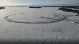 Finnen bauen das weltgrößte Eiskarussell