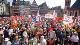 Am Sonntag werden Tausende auf Demos erwartet