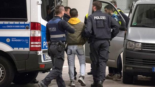 Hessen konnte deutlich mehr Straftäter abschieben