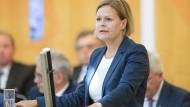 An die Spitze der SPD-Hessen: Wird Nancy Faeser Schäfer-Gümbels Nachfolgerin?