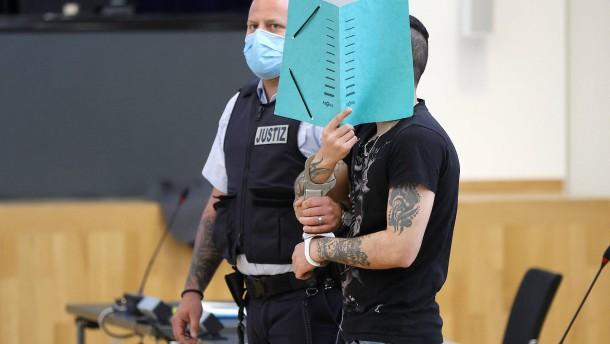 Gericht verhängt mehrjährige Haftstrafen