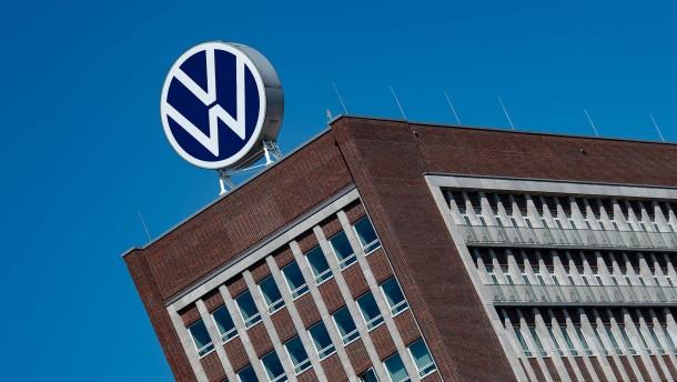 Gericht kassiert außerordentliche Kündigung des Motoren-Chefs von VW