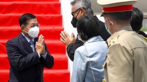 """Myanmars """"Schlächter"""" trifft die Nachbarn"""