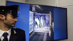 Italienische Polizei zerschlägt Schlepperring