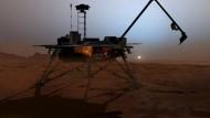 """""""Phoenix"""" sucht nach Leben auf dem Mars"""