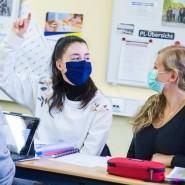 Eine Maskenpflicht für Schülerinnen und Schüler ist umstritten.