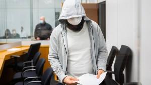 Lange Haftstrafe für IS-Chefanwerber in Deutschland