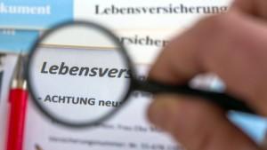 Keine guten Noten für deutsche Lebensversicherer