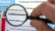 Lebensversicherer unter der Lupe: Die Ratingagenturen kritisieren die deutschen Anbieter.