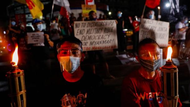 Neue Proteste in Myanmar