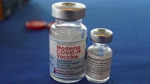Schweden und Dänemark setzen Moderna-Impfungen von Jüngeren aus