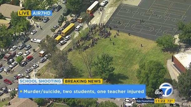Drei Tote nach Schüssen in Grundschule