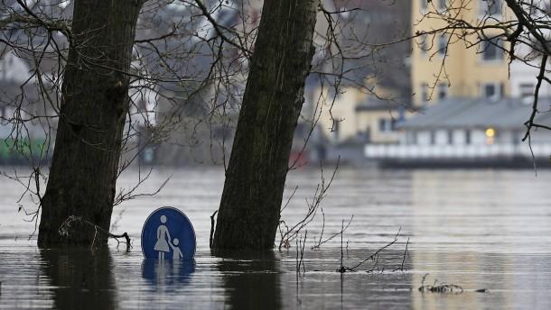 Köln steht unter Wasser