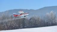 Neuschnee und Alpenpanorama: Bei diesen Bedingungen geht dem Skiflieger der Maule M-7 das Herz auf.