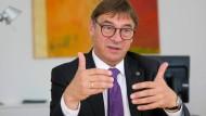 Will die Kommunikation verbessern: Kirchenpräsident Volker Jung