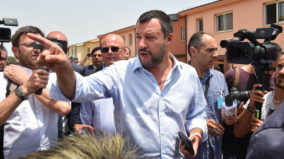 Italiens Innenminister Matteo Salvini ist nicht zufrieden mit dem Urteil im Fall Rackete.