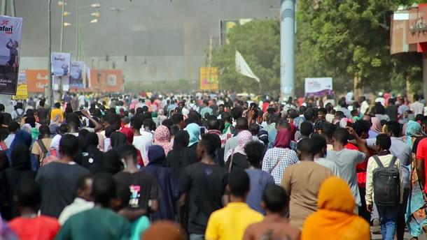 Proteste gegen Militärputsch reißen nicht ab
