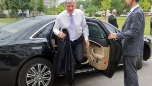 """""""Hessens Regierung fährt klimaschädlichste Dienstwagen"""""""