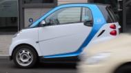 Ein Smart des Carsharing-Anbieters Car2Go in Berlin.