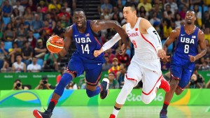 Amerikas Basketballer spielen China in Grund und Boden
