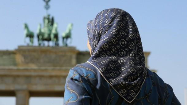 Prominente Muslime kritisieren dominante Islamverbände